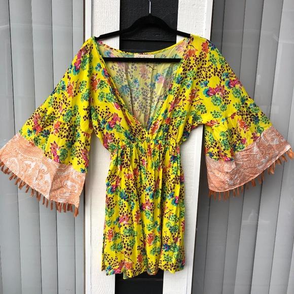 5a20d46f7e SOFIA by VIX yellow floral beach coverup/dress. M_5c4d0485baebf6970074f352